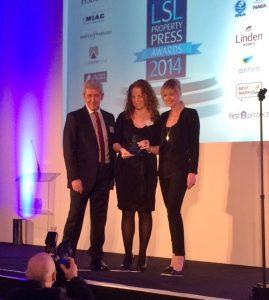 DP Presents Award at LSL 14